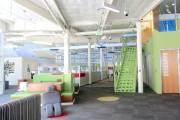 L'intérieur du siège social de Google est coloré,... (Photo Le Soleil, Valérie Gaudreau) - image 1.0