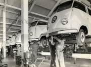 Le VW Transporter de première génération (1950-1967) assemblé sur la photo au Brésil.