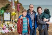 La famille Miller (Adam Wilson,Matthew Gravelle, Olivia Colman... (PHOTO FOURNIE PAR ITV) - image 2.0