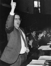 Denis Coderre, alors qu'il était président des jeunes... (Photo Pierre Côté, archives La Presse) - image 2.0
