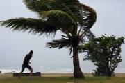 Le cyclone tropical Bejisa a commencé à s'éloigner durant... (Photo AFP) - image 2.0