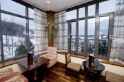 En plus d'offrir hôtels et restaurants, Tremblant permet... (PHOTO ALAIN ROBERGE, LA PRESSE) - image 3.0