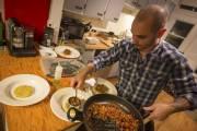 Non seulement le souper Cookening auquel... (PHOTO OLIVIER PONTBRIAND, LA PRESSE) - image 2.0
