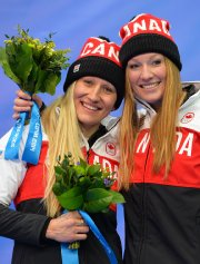 Kaillie Humphries et Heather Moyse... (Photo Leon Neal, AFP) - image 2.0