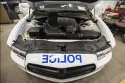 Le compartiment-moteur d'une Dodge Charger de police du... (PHOTO OLIVIER PONTBRIAND, LA PRESSE) - image 2.0