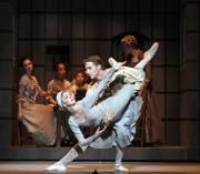 Melody Mennite en compagnie du danseur Ian Casady.... (PHOTO AMITAVA, FOURNIE PAR LES GBCM) - image 2.0