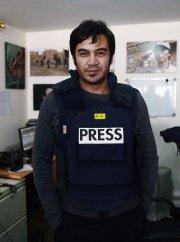 Le journaliste Sardar Ahmad (ci-dessus) dans les bureaux... (Photo AFP) - image 1.0