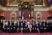 Philippe Couillard et ses 69 députés.... (Photo archives La Presse Canadienne) - image 1.0