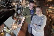 Hugue Dufour et Sarah Obraitis, photographiés dans le... (Photo: Ivanoh Demers, archives La Presse) - image 2.0