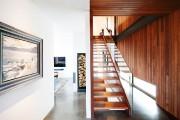 Le mur et le plafond de cèdre rouge,... (Photos Alexandre Guilbeault (Le Soleil)) - image 1.1