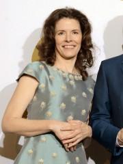 Edie Brickell... (Photo: AP) - image 2.0