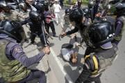 Les célébrations du 1er mai ont aussi été... (PHOTO SAMRANG PRING, REUTERS) - image 3.0
