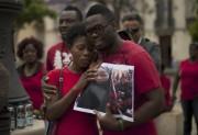 Le mouvement nigérian de soutien aux adolescentes, rassemblé... (PHOTO JORGE GUERRERO, AFP) - image 4.0