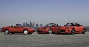 Les trois générations de la Mazda MX-5... (Photo fournie par Mazda) - image 1.0