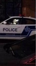 Un policier du Service de police de la... (PHOTO TIRÉE DE TWITTER) - image 1.0