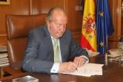 Juan Carlos, monté sur le trône à la... (PHOTO REUTERS/MAISON ROYALE D'ESPAGNE) - image 2.0