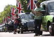 Les black cabs, qui se targuent d'être les... (PHOTO LUKE MACGREGOR, REUTERS) - image 2.0