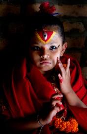 Elles sont menues, délicates, maquillées de rouge etor.... (PHOTO SIRA CHAYER) - image 4.0