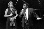 Oliver Jones et Angèle Dubeau... (PHOTO ARCHIVES LA PRESSE) - image 3.0
