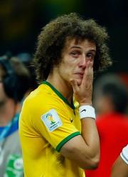 Le capitaine de l'équipe brésilienne David Luiz a... (Photo Eddie Keogh, Reuters) - image 2.0