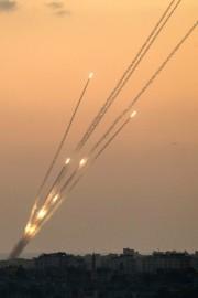 Une roquette lancée de Gaza.... (Photo Jack Guez, Agence France-Presse) - image 2.0