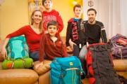 Christian, Valérie et leurs trois enfants, Adrien (11... (PHOTO FOURNIE PAR LA FAMILLE) - image 1.0