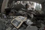 Des frappes aériennes menées dans l'est de l'Ukraine... (Photo Dmitry Lovetsky, AP) - image 1.0