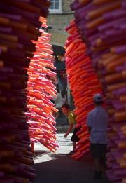 L'ensemble de l'oeuvre est constitué de centaines de... (Le Soleil, Yan Doublet) - image 6.0