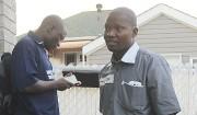 Kouliga Zoungrana et Jean-Bernard Noali sont venus épauler... (PHOTO ÉTIENNE RANGER, LA PRESSE) - image 2.0
