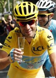 Il n'y a qu'un vainqueur du Tour de... (Photo JEAN-PAUL PELISSIER, REUTERS) - image 2.0