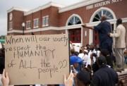 Le FBI a ouvert lundi une enquête après... (Photo Sid Hastings, AP) - image 1.0