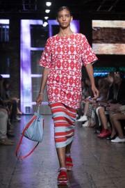 Bombardement de couleurs et motifs chez DKNY,... (Photo John Minchillo, AP) - image 2.1