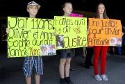 Des enfants ont pris part à la manifestation.... (PHOTO ROBERT SKINNER, LA PRESSE) - image 1.0