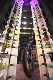 Ces rangements en acrylique pour le vin sont... (Photo fournie par Daniel Savard) - image 2.1