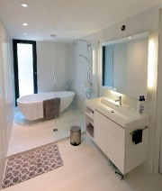La salle de bain de Lorraine Bastien est... (Le Soleil, Erick Labbé) - image 3.0