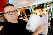 Le propriétaire du Ciccio Café, Bruce Davies, soutient... (Le Soleil, Erick Labbé) - image 1.0