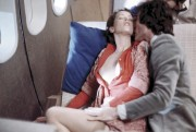 Sylvia Kristel et Umberto Orsini dans Emmanuelle.... (Photo: fournie par la production) - image 3.0