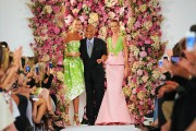 Oscar de la Renta à la Fashion week... (Photo Diane Bondareff, AP) - image 1.0