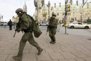 Le groupe tactique de la GRC a été... (Photo Reuters) - image 3.0