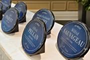 Dix nouvelles plaques bleues de forme ovale ont... (Le Soleil, Pascal Ratthé) - image 1.0