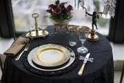 Cette assiette de présentation anglaise Royal Worcester datant... (PHOTO EDOUARD PLANTE-FRÉCHETTE, LA PRESSE) - image 2.1