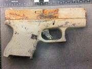 L'arme retrouvée sur les berges de la rivière... - image 1.0