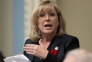 La ministre Francine Charbonneau.... (PHOTO JACQUES BOISSINOT, ARCHIVES LA PRESSE CANADIENNE) - image 1.0