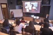 En classe, les étudiants se familiarisent avec les... (Le Soleil, Jean-Marie Villeneuve) - image 2.1