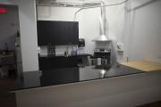 La clinique est équipée d'une cuisine ultramoderne à... (PHOTO ANDRÉ PICHETTE, LA PRESSE) - image 1.0