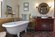 La salle de bain, à l'étage, a été... (Le Soleil, Jean-Marie Villeneuve) - image 2.1