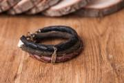 Bracelets La Zec fabriqués par Overseas, vendus 50$... (PHOTO FOURNIE PAR C'EST BEAU) - image 1.0
