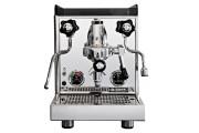 La préparation du café est souvent un rituel et la... (PHOTO FOURNIE PAR ROCKET) - image 4.0