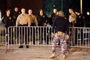 La police de Ferguson a lancé du gaz... (AFP) - image 1.0