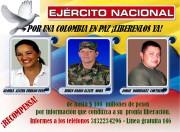 Le retour du général et ses accompagnateurs (ci-dessus)... (Photo COLOMBIAN ARMY, AFP) - image 1.0